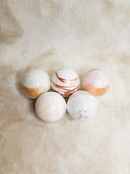SET YOUR INTENTION BATH BOMBS