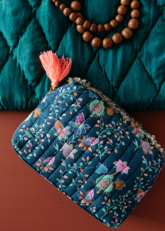 SONIA QUILTED POUCH - BLUE