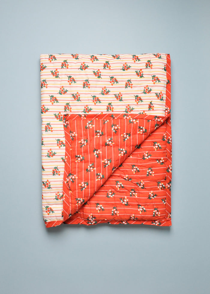 REVERSIBLE QUILT - CHRISTMAS