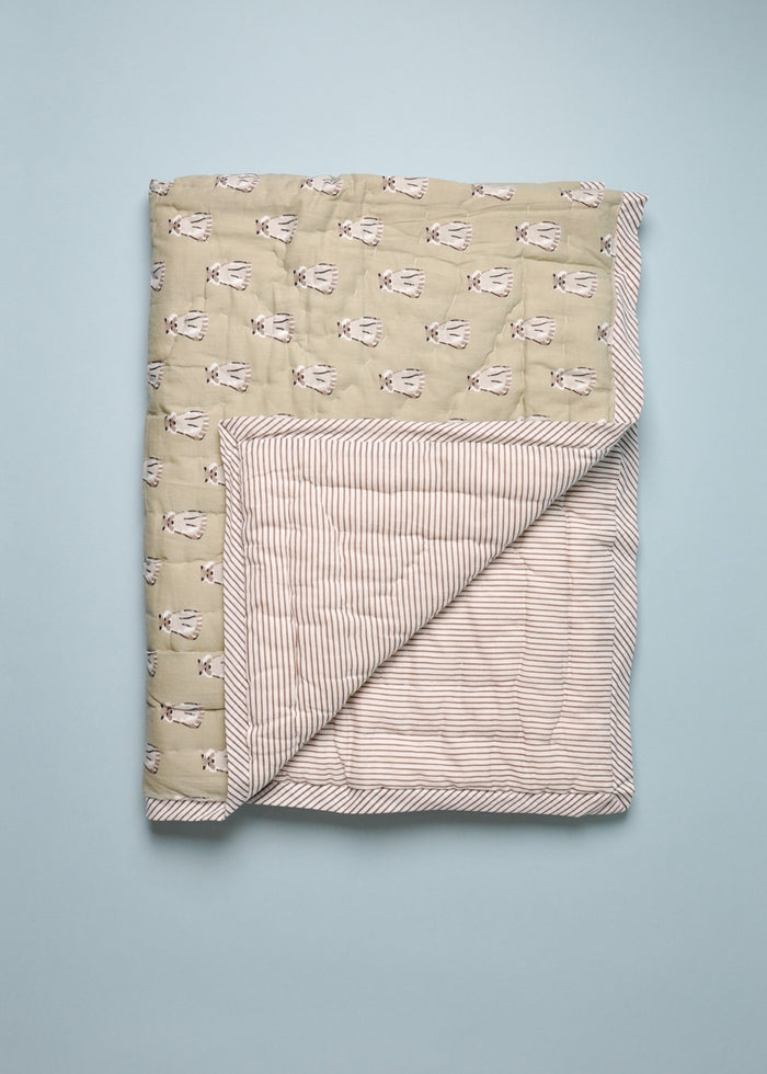 REVERSIBLE QUILT - RACCOON