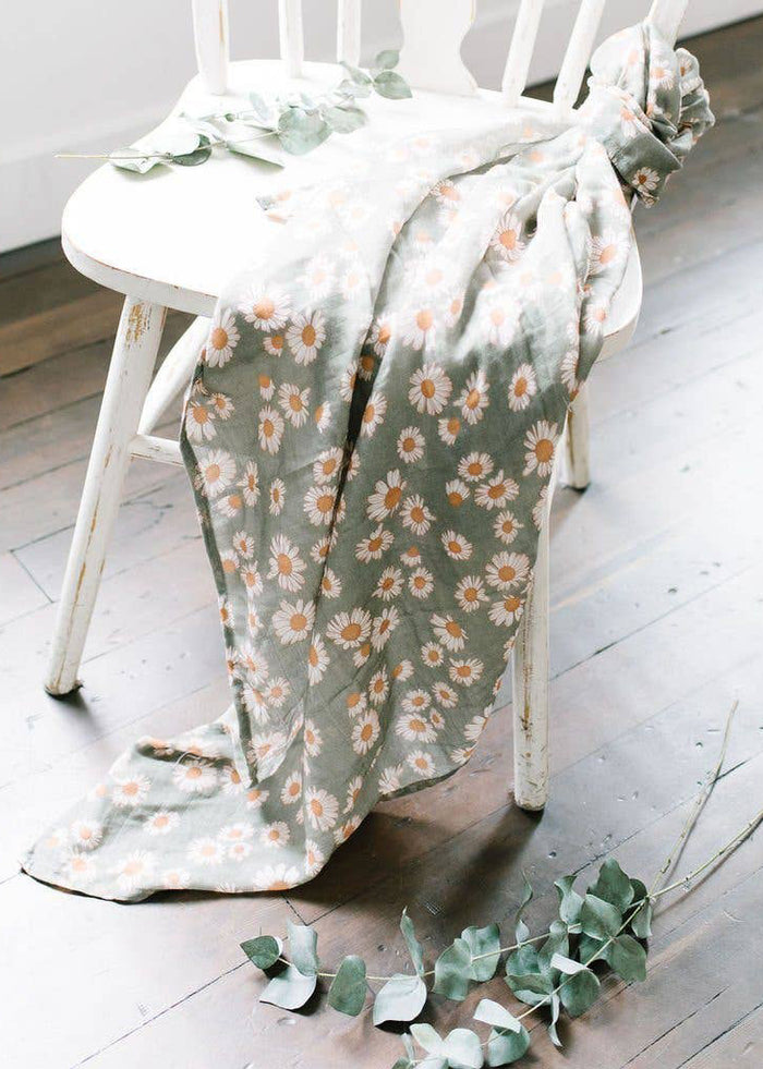 FLORAL DAISY BABY SWADDLE - SAGE