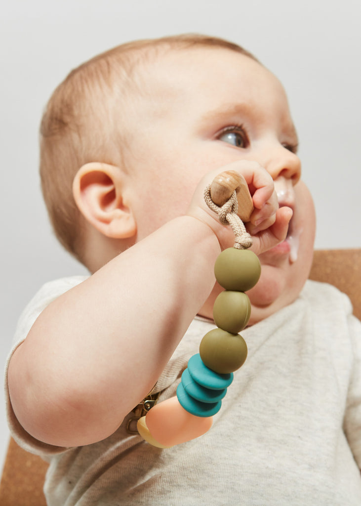 TEETHER/PACIFIER CLIP - DEWDROP