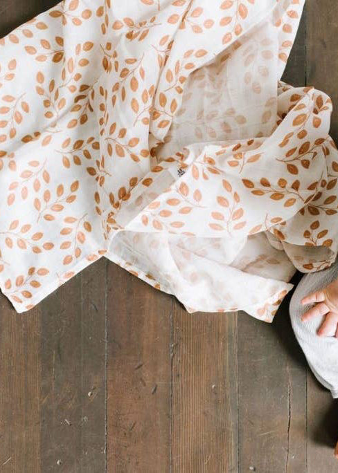 FLORAL LEAVES BABY SWADDLE