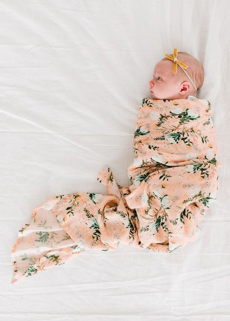 LUXE MUSLIN SWADDLE - BLUSHING PROTEA