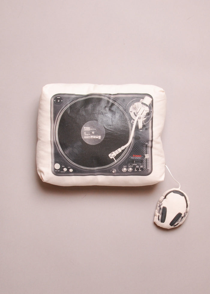 TURNTABLE MUSIC BOX PILLOW
