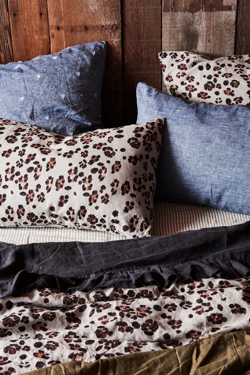 Society Of Wanderers Leopard Pillowcases