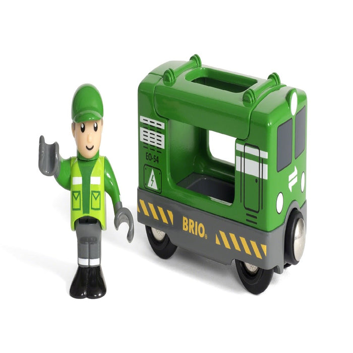 BRIO Vehicle 33894 - Cargo Engine with Driver