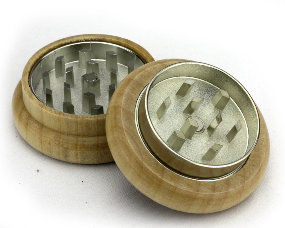 Mountain Bear Wooden Grinder