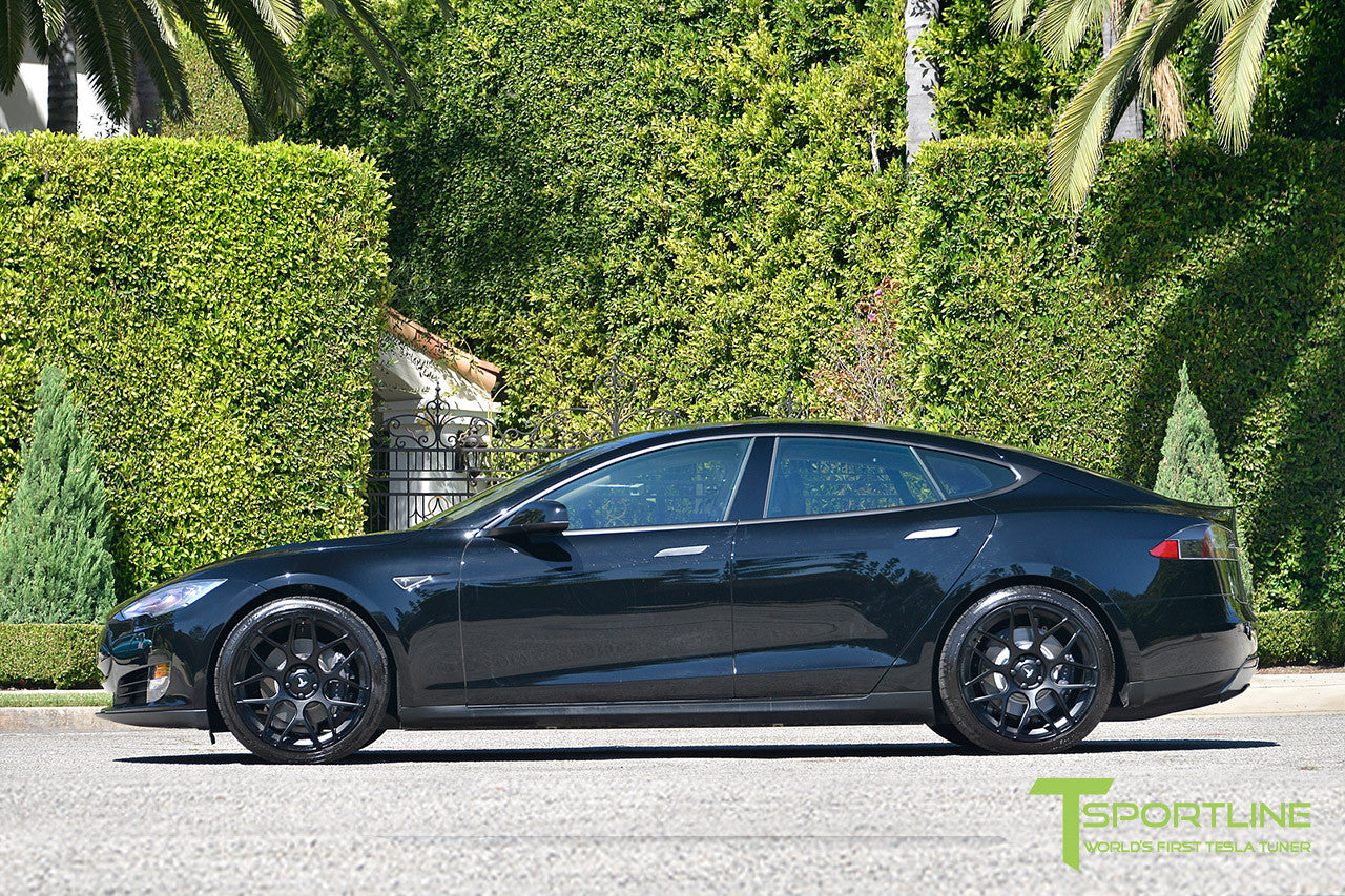 Black Tesla Model S 1.0 with Matte Black 21 inch TS117 Forged Wheels