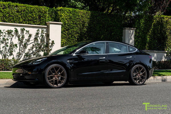 Black Tesla Model 3 with 20