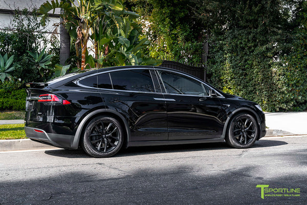 Black Tesla Model X with 20