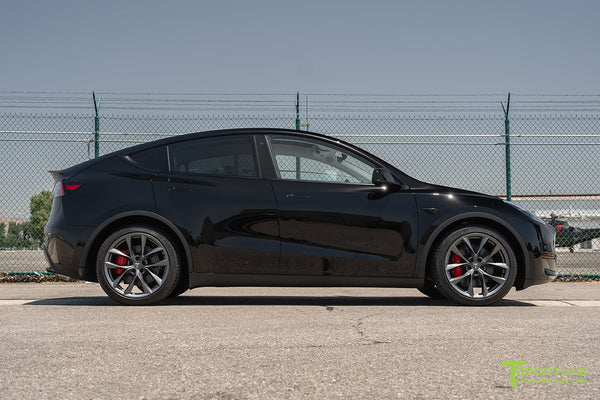 Black Tesla Model Y with 20 inch TSS Flow Forged Wheels in Space Gray by T Sportline