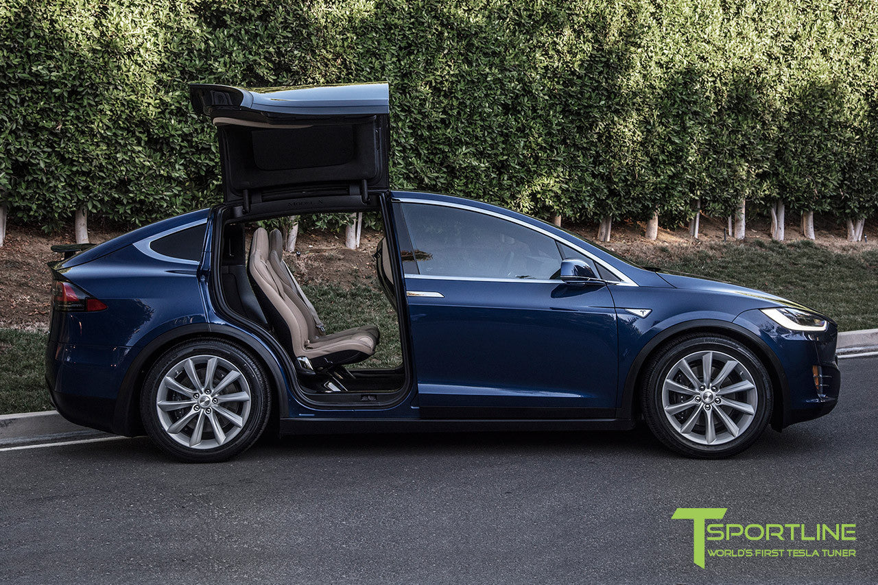 "Deep Blue Metallic Model X with 20"" TST Tesla Wheel in Brilliant Silver"