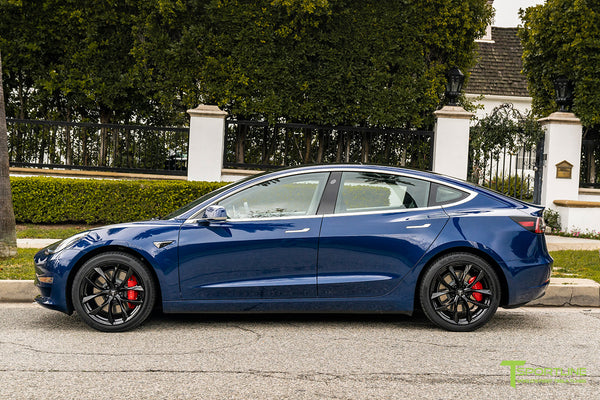 Deep Blue Metallic Tesla Model 3 with Gloss Black 19