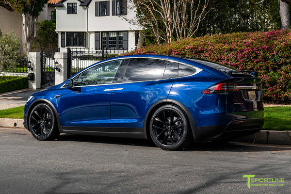 Deep Blue Metallic Tesla Model X with 22