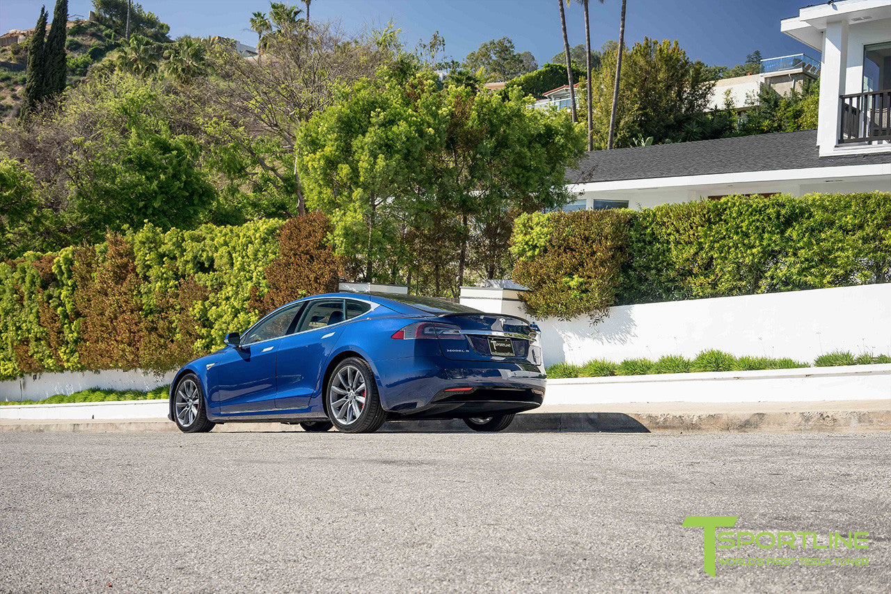"Deep Blue Metallic Model S 2.0 with 19"" TST Tesla Wheel in Metallic Grey"