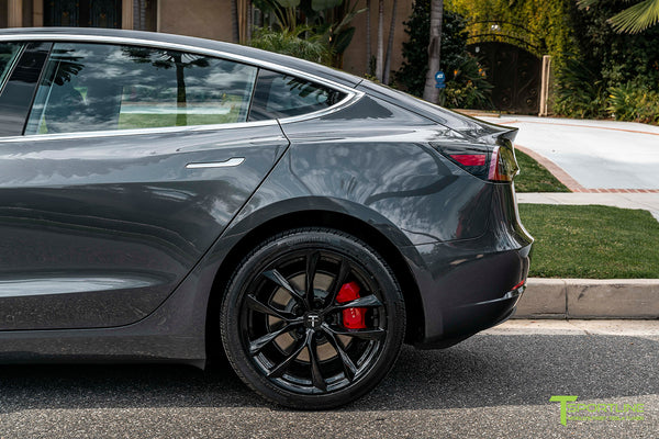 Midnight Silver Metallic Tesla Model 3 with Gloss Black 19