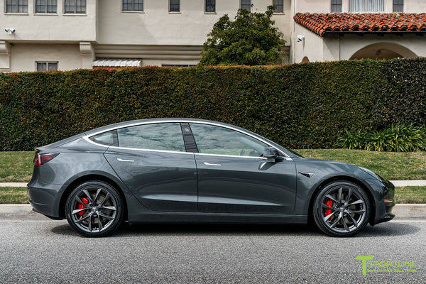 Midnight Silver Metallic Tesla Model 3 with Space Gray 19