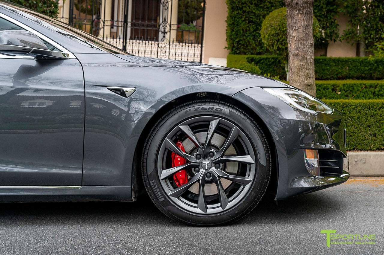 Midnight Silver Metallic Tesla Model S with 19