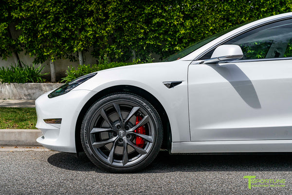 Pearl White Tesla Model 3 with 19