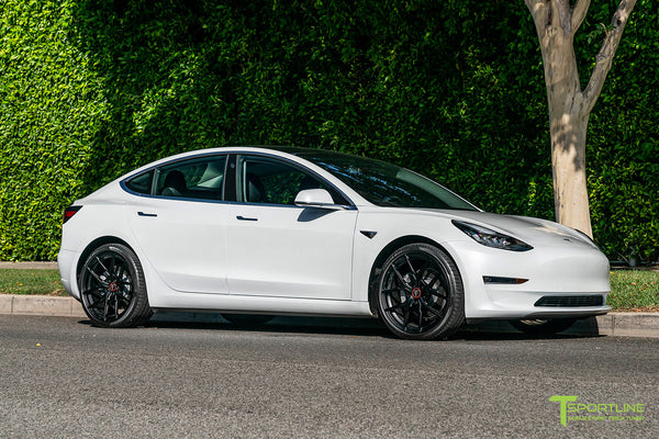Pearl White Tesla Model 3 with 20