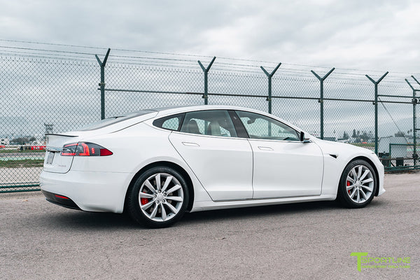 Pearl White Tesla Model S with Brilliant Silver 19