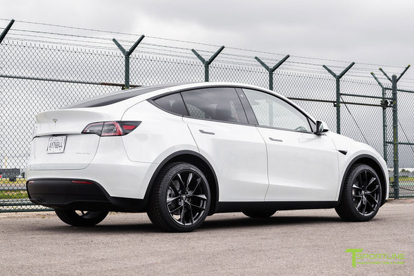 Pearl White Tesla Model Y with 20 inch TSS Flow Forged Wheels in Gloss Black by T Sportline 2