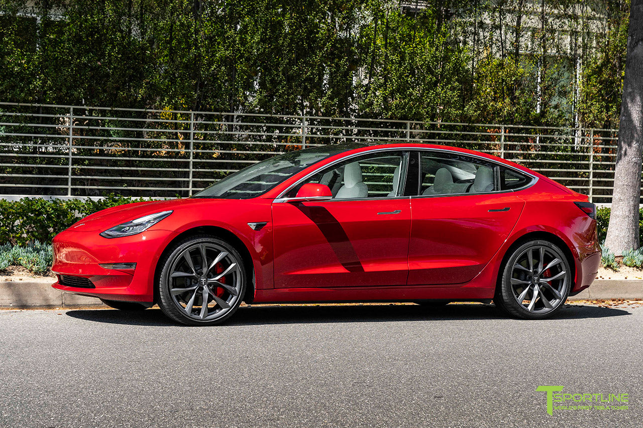 red-multi-coat-tesla-model-3-20-inch-tss-flow-forged-wheels-arachnid-space-gray-wm-1_2000x.jpg