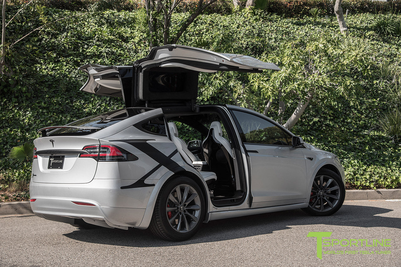 "Silver Model X with 20"" TST Tesla Wheel in Metallic Grey"