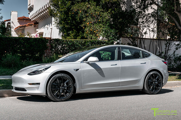 Silver Metallic Tesla Model 3 with Gloss Black 19
