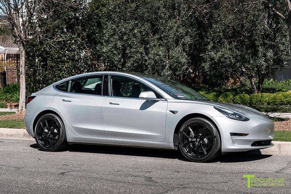 Silver Metallic Tesla Model 3 with Matte Black 19