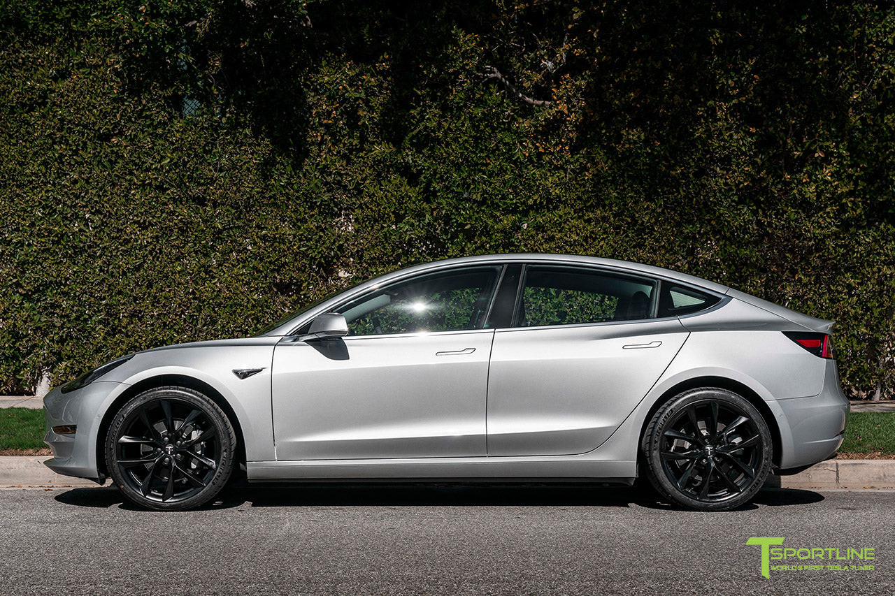Silver Metallic Tesla Model 3 with Gloss Black 20