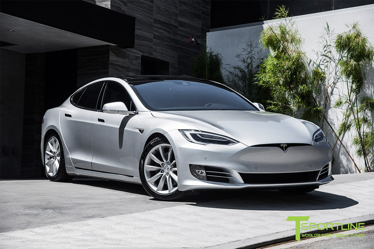 Silver Tesla Model S 2.0 with 19 Inch TST Wheels in Brilliant Silver 3