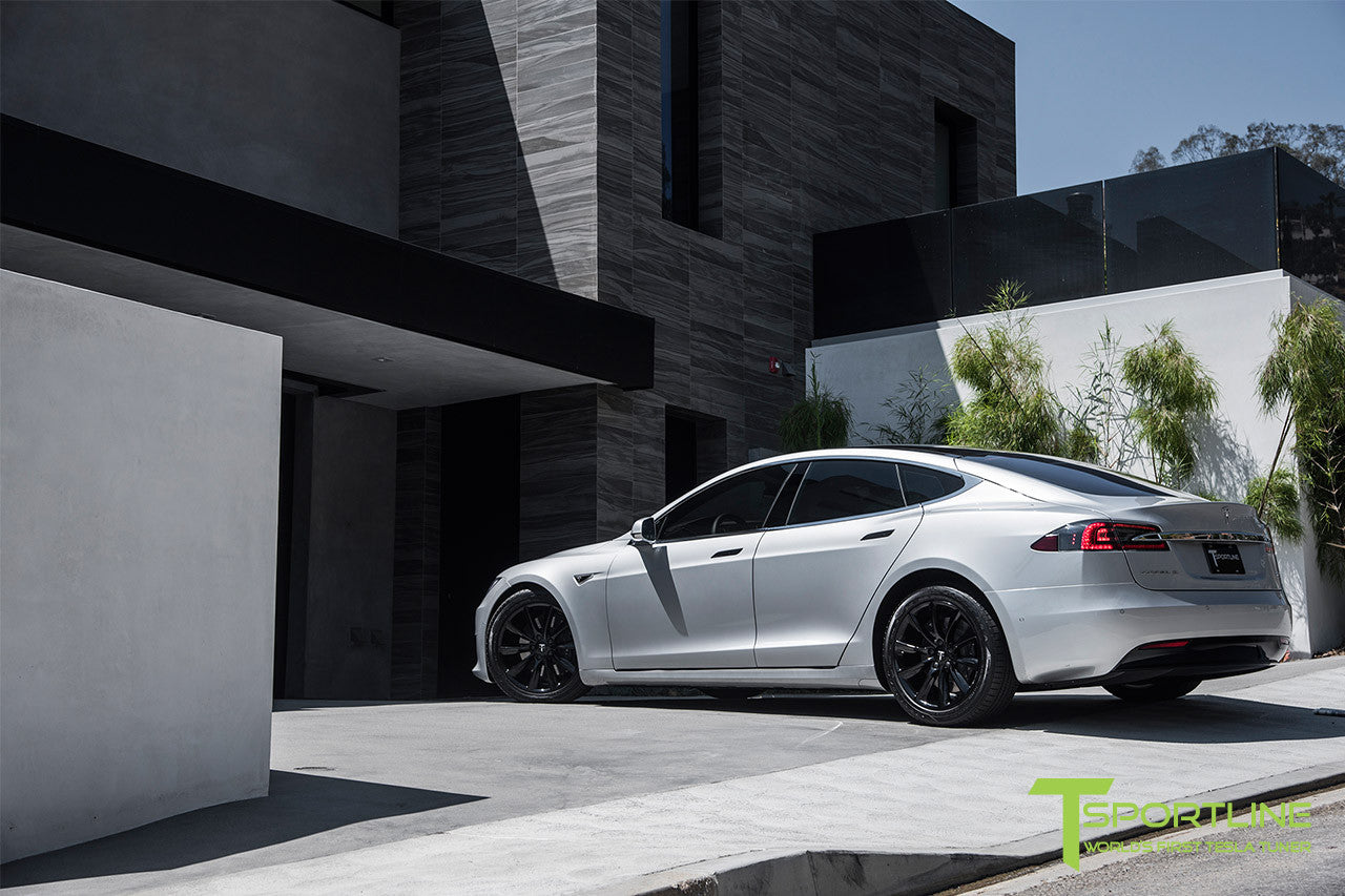 Silver Tesla Model S 2.0 with 19 Inch TST Wheels in Gloss Black