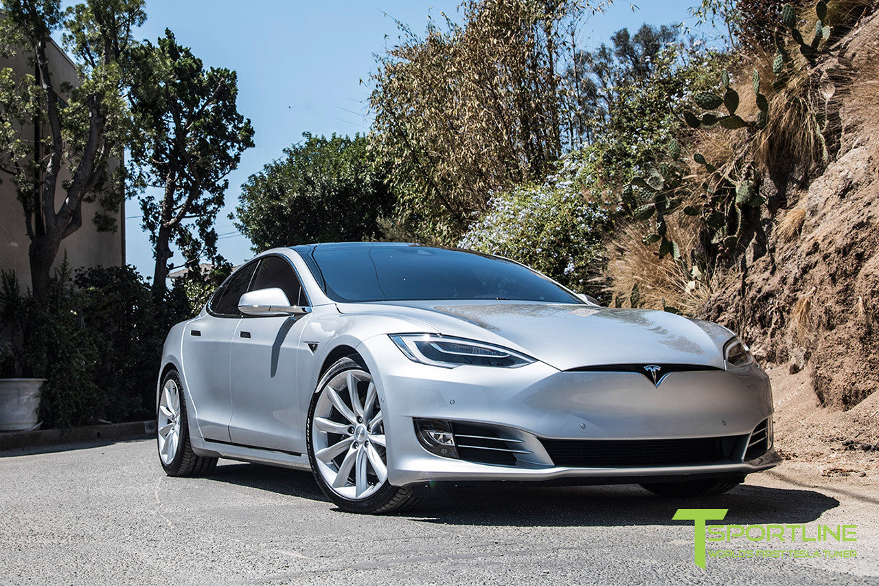 Silver Tesla Model S 2.0 with 20 Inch TST Wheels in Brilliant Silver 3