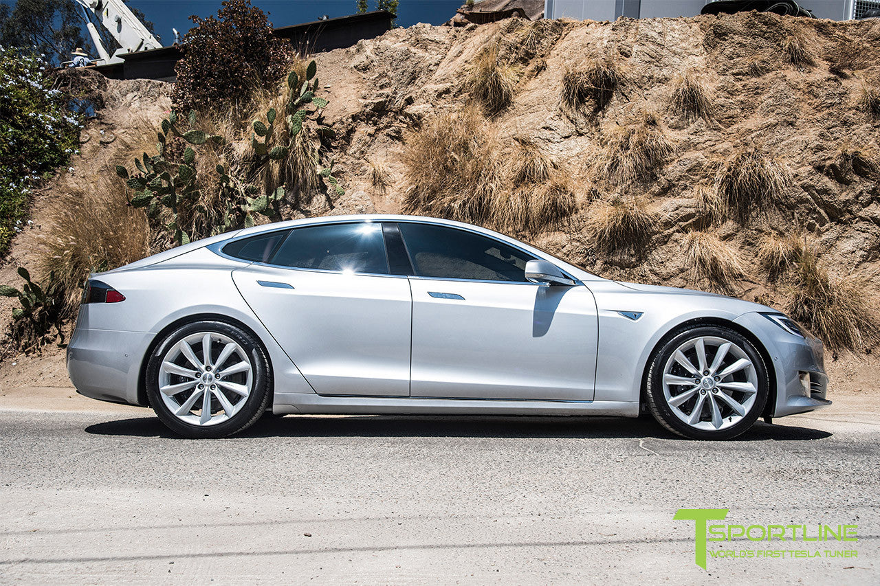Silver Tesla Model S 2.0 with 20 Inch TST Wheels in Brilliant Silver