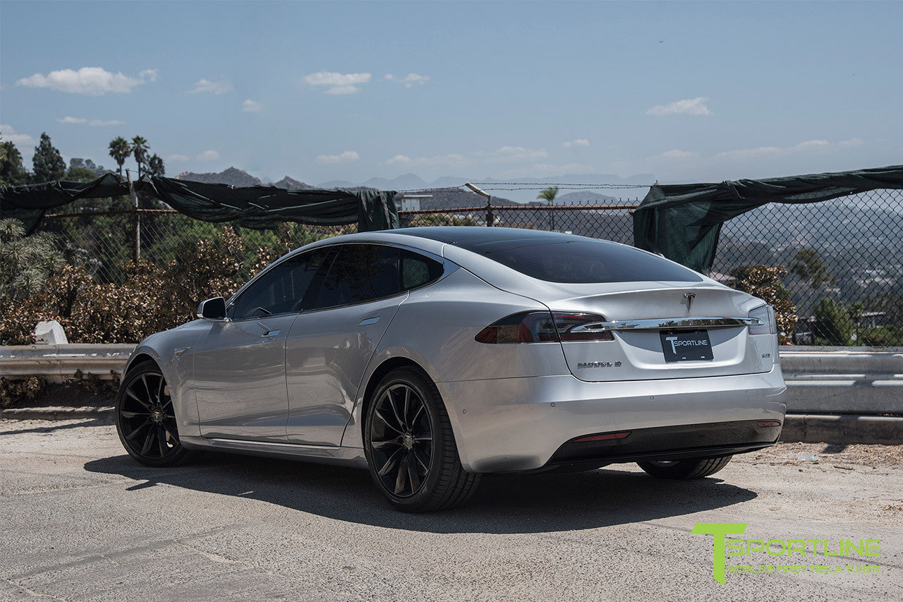 Silver Tesla Model S 2.0 with 20 Inch TST Wheels in Gloss Black
