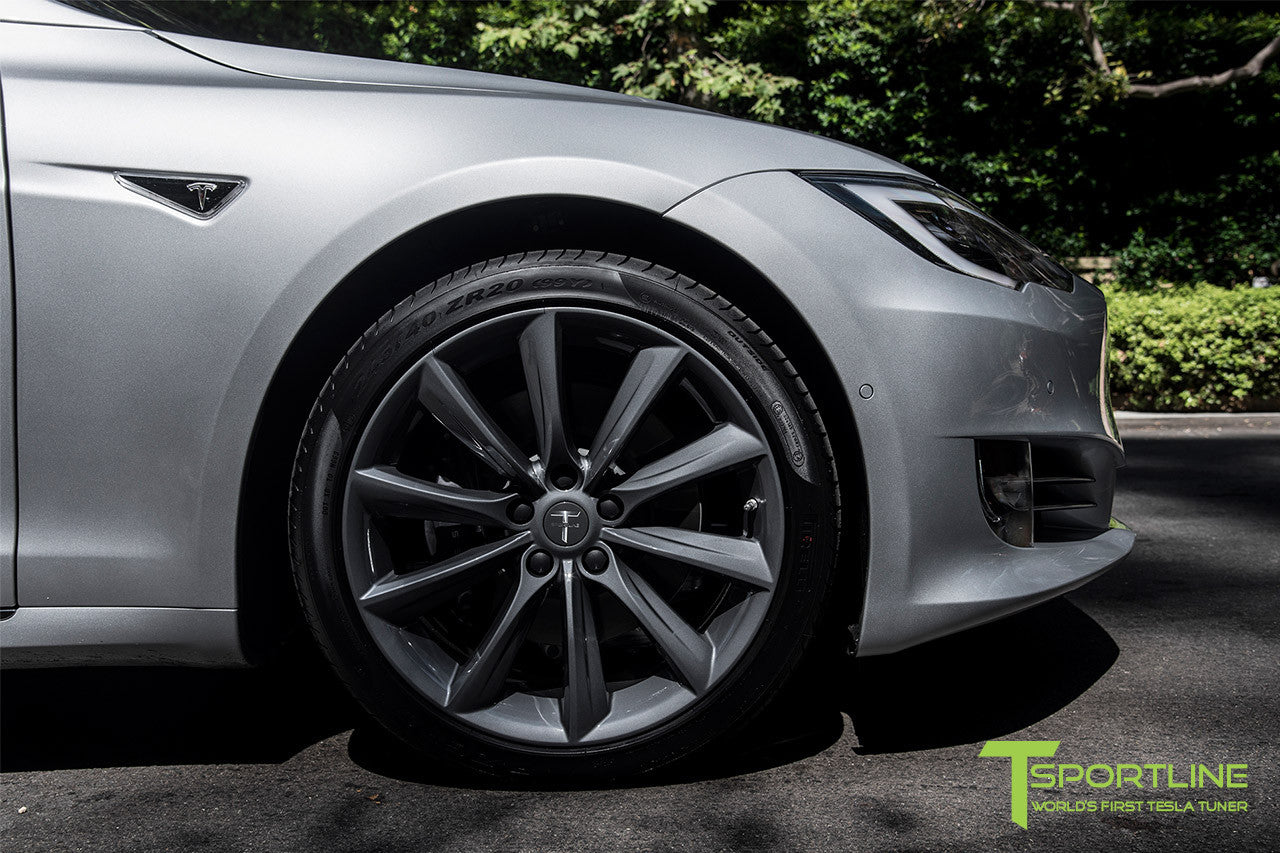 Silver Tesla Model S 2.0 with 20 Inch TST Wheels in Metallic Grey 2