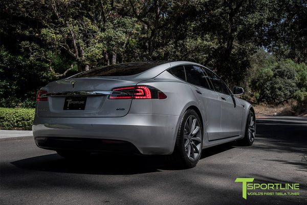 Silver Tesla Model S 2.0 with 20 Inch TST Wheels in Metallic Grey 1