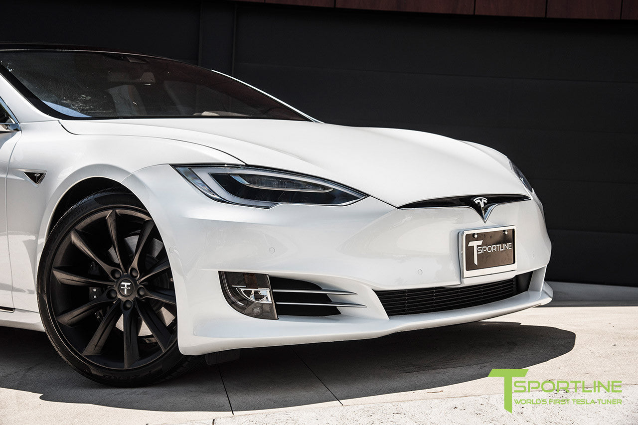 "White Model S 2.0 with 20"" TST Tesla Wheel in Matte Black"