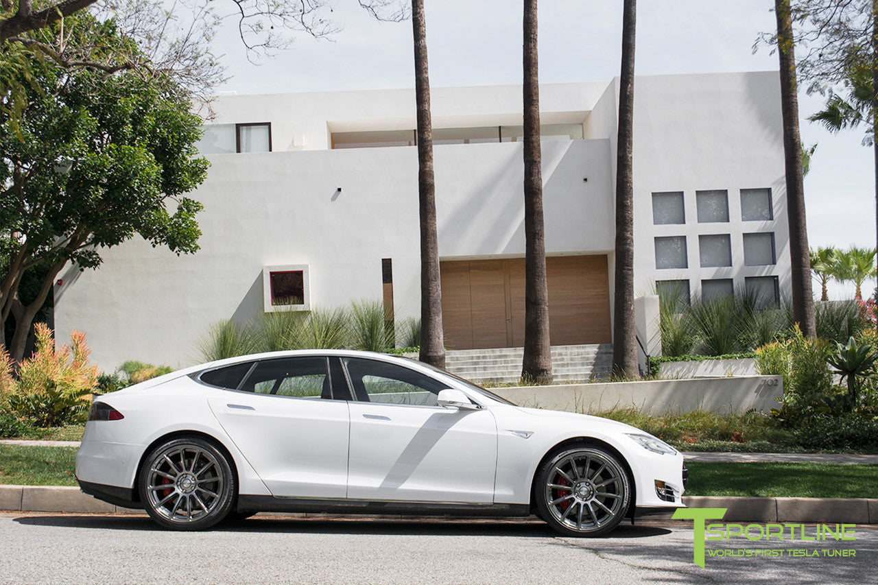 White Tesla Model S 1.0 with Hyper Black 21 inch TS112 Forged Wheels 1