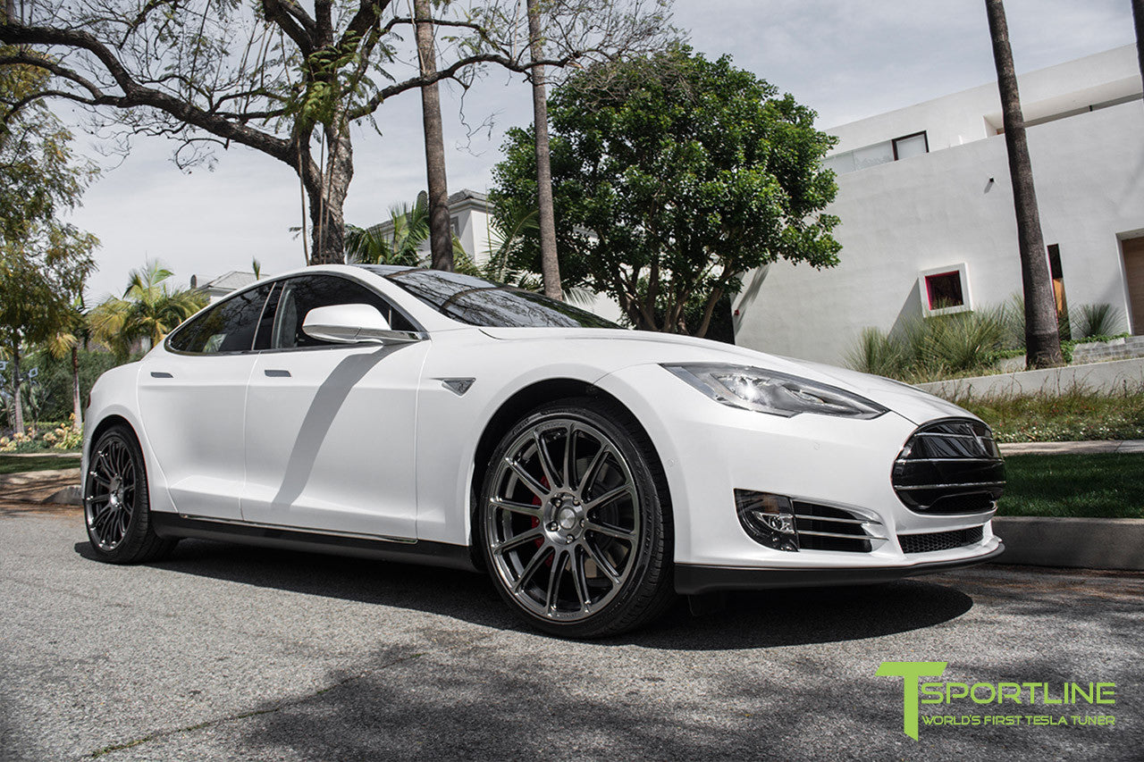 White Tesla Model S 1.0 with Hyper Black 21 inch TS112 Forged Wheels 2