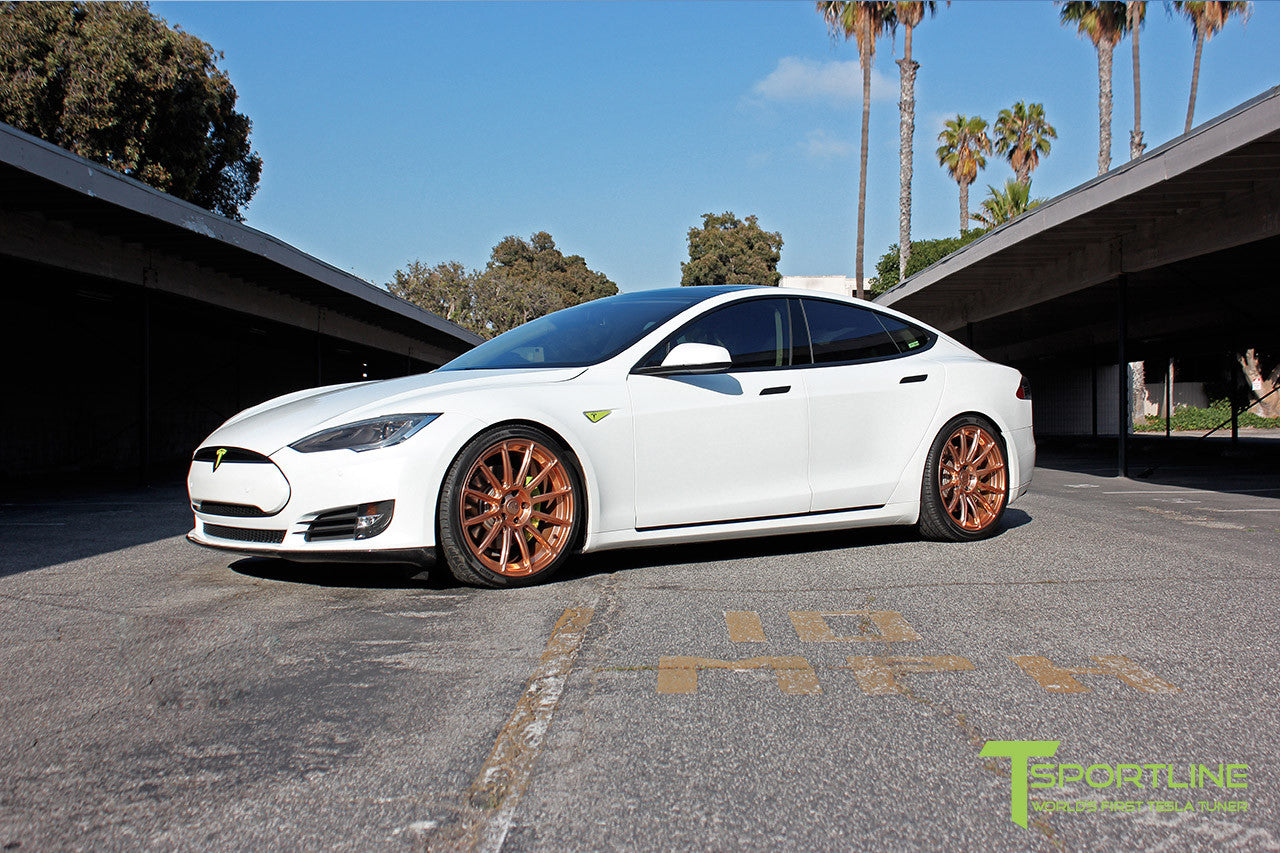 White Tesla Model S 1.0 with Uberose 21 inch TS112 Forged Wheels