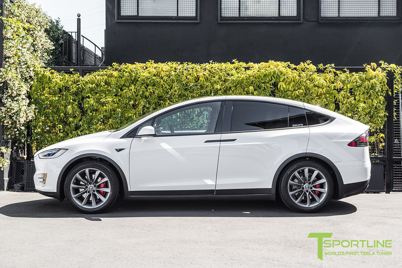 "White Model X with 20"" TST Tesla Wheel in Metallic Grey"