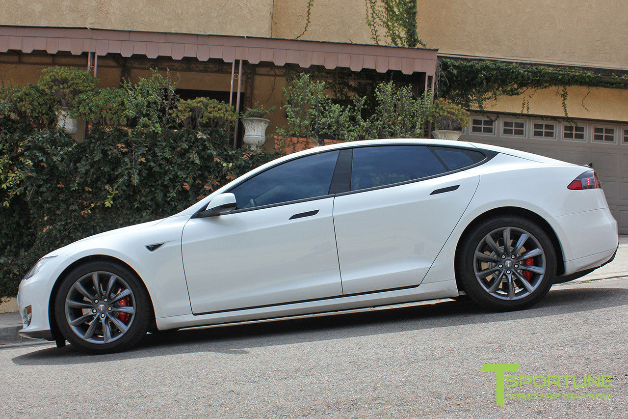 "White Model S 1.0 with 19"" TST Tesla Wheel in Metallic Grey"