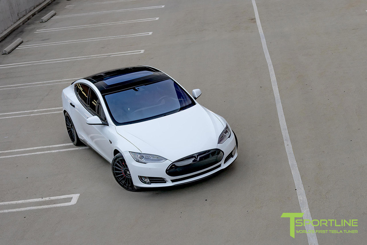 White Tesla Model S 1.0 with Matte Black 21 inch TS118 Forged Wheels