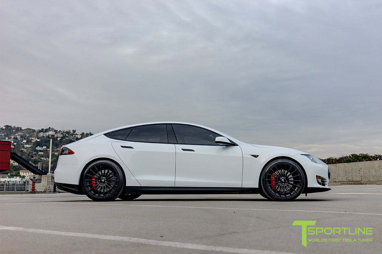 White Tesla Model S 1.0 with Matte Black 21 inch TS118 Forged Wheels 1