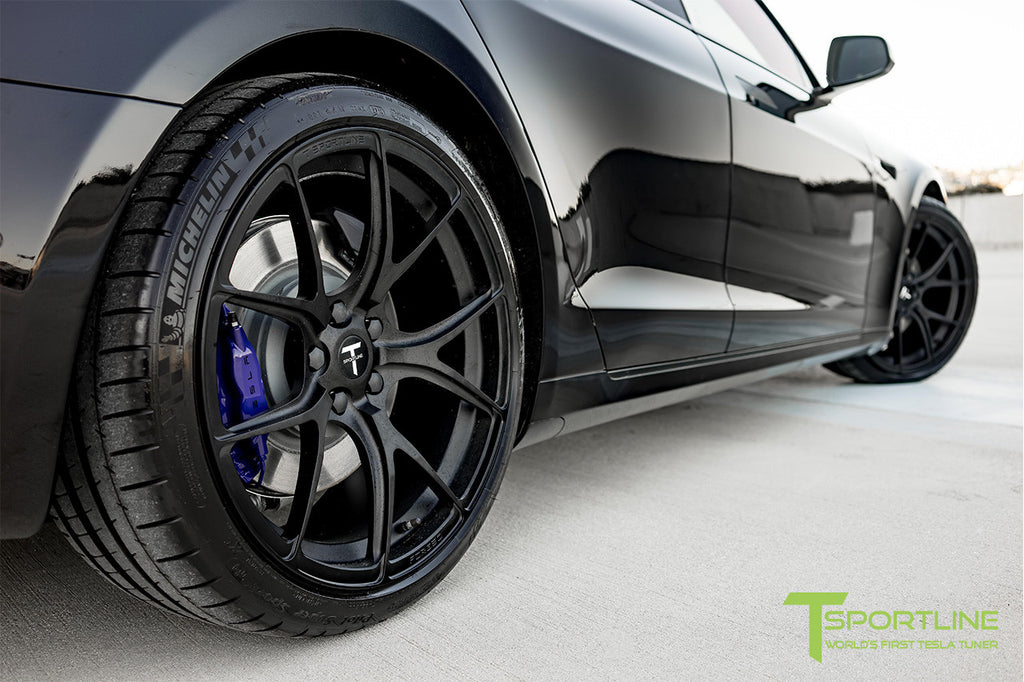 Tesla Model S P100D with Painted Calipers on 21 inch Forged Wheels TS115