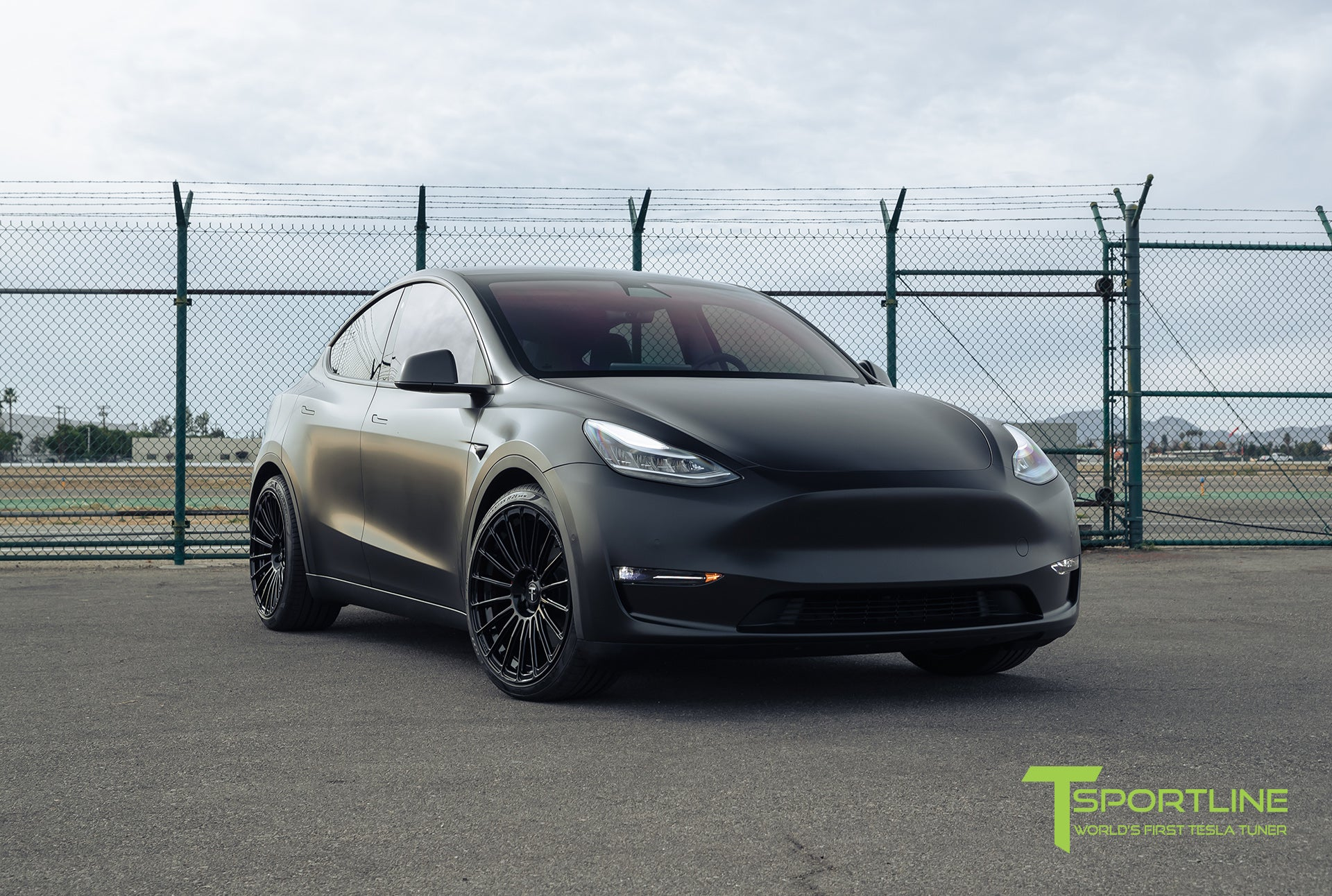 "Xpel Stealth Black - Tesla Model Y Performance with 21"" Ty118 Forged Wheels in Gloss Black"