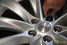 Tesla Wheel Lug Nut Cover Set in Silver - Model S